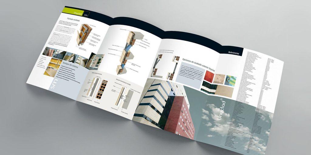 ¿Qué información llevan los folletos?